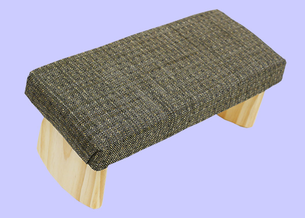 meditation bench with gray and green pattern