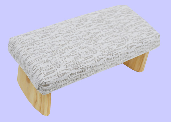meditation bench with white and beige lines